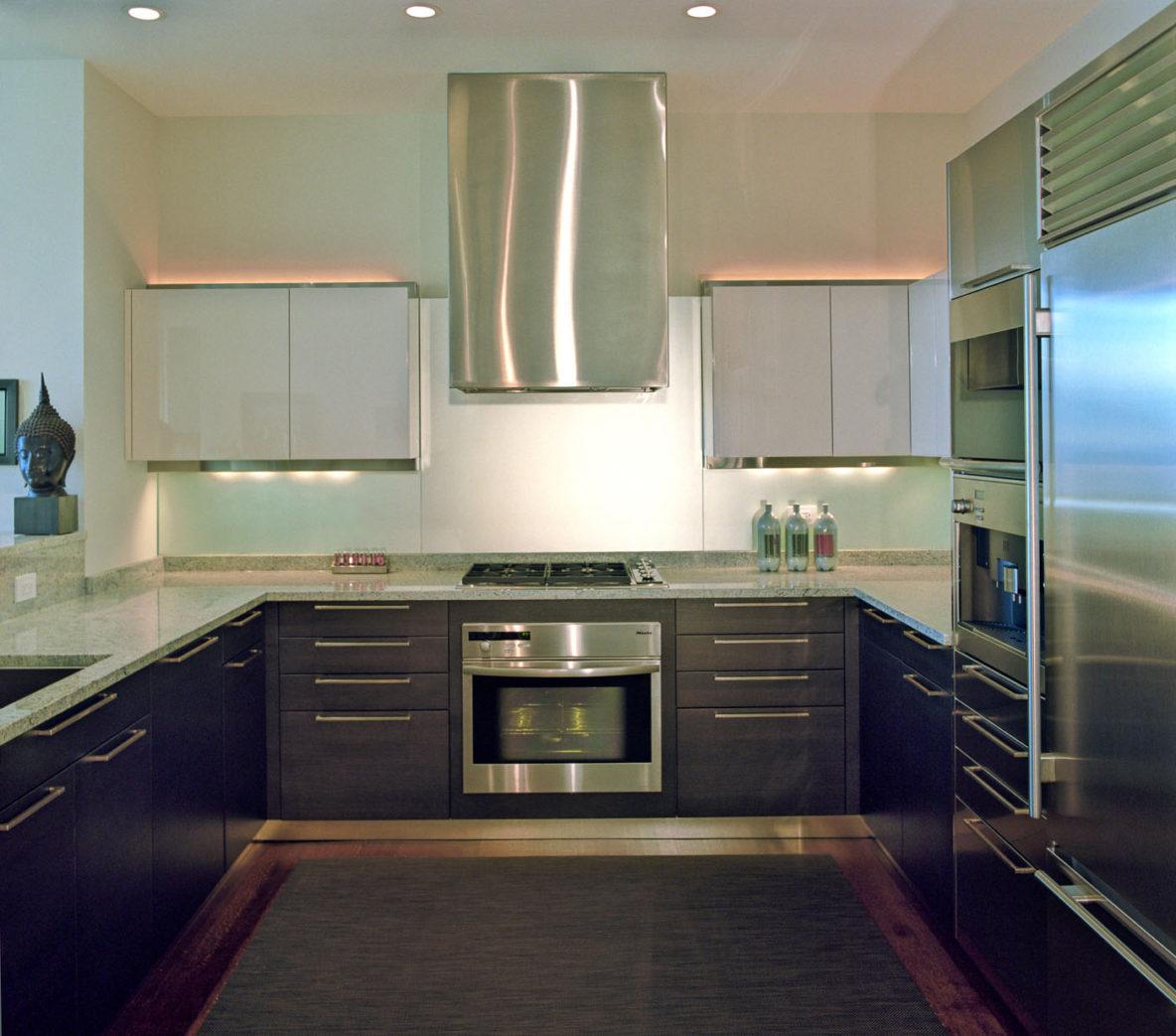 ggc-p18-montgomery-kitchen